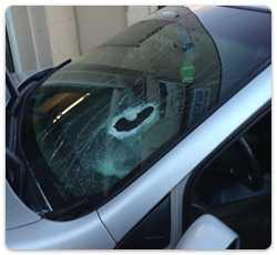 A car that needs auto glass repairs in Glen Burnie, MD